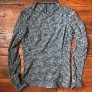 Lululemon grey long sleeve top 8
